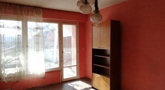 Тристаен апартамент в кв. Васил Левски