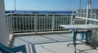 Апартамент на 80м от морето в Халкидики