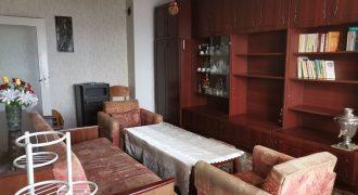 Тристаен апартамент в препочитан район на ж.к. Изток в Казанлък
